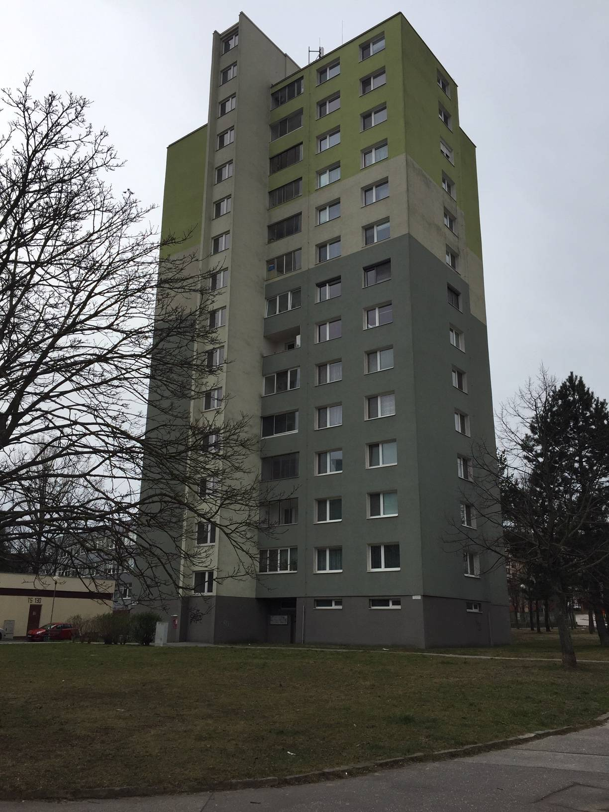 Predaj bytu (1- izbový) 38 m2, Bratislava - Dúbravka