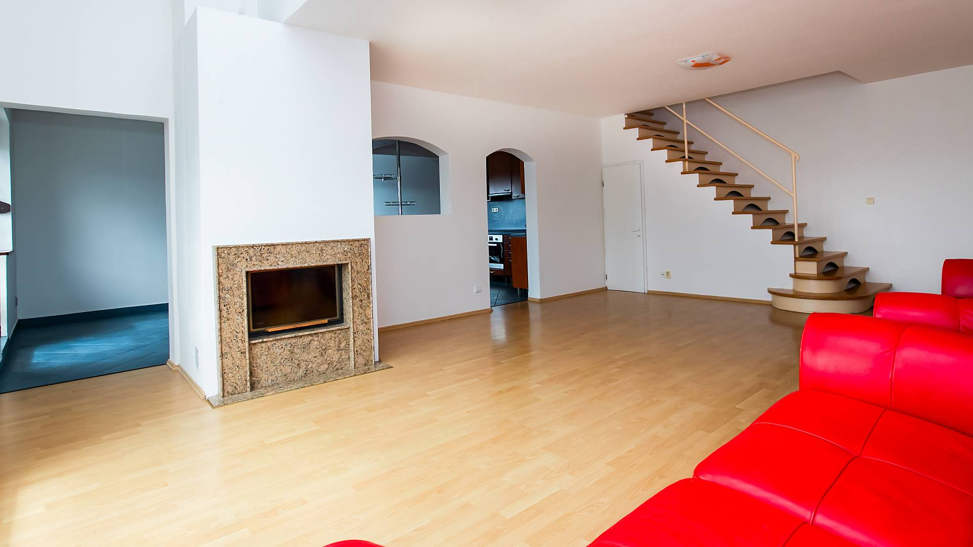 Predaj bytu (4 izbový) 133 m2, Bratislava - Staré Mesto