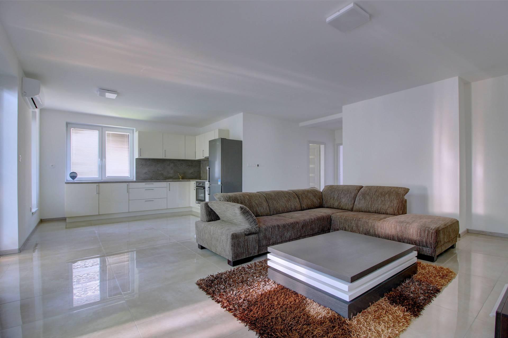 Na predaj 3- izbový byt so záhradou, novostavba, Šamorín, Čilistov