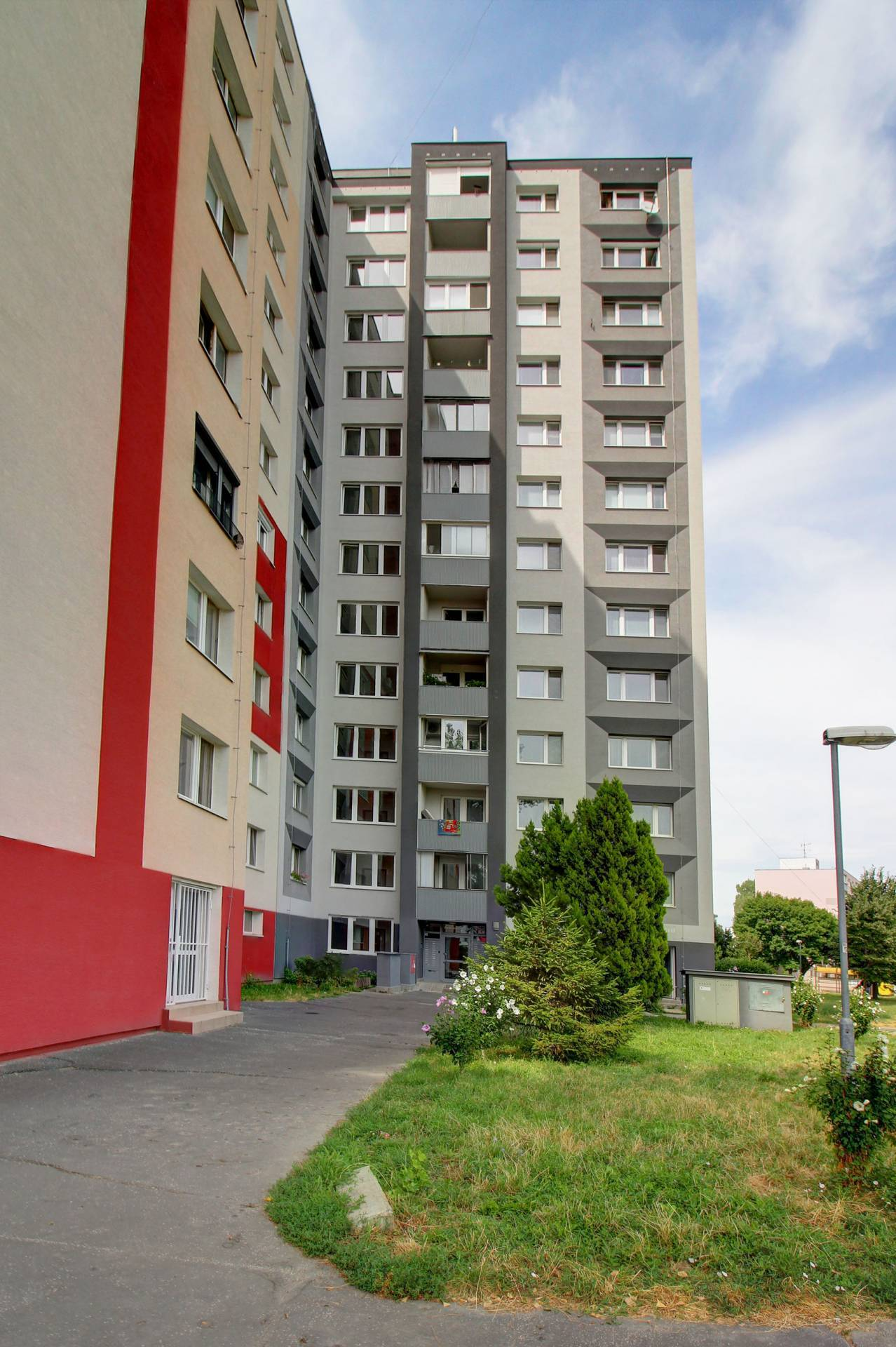Na predaj: 3 izbový byt 66m2, Bratislava - Petržalka, Andrusovova ulica