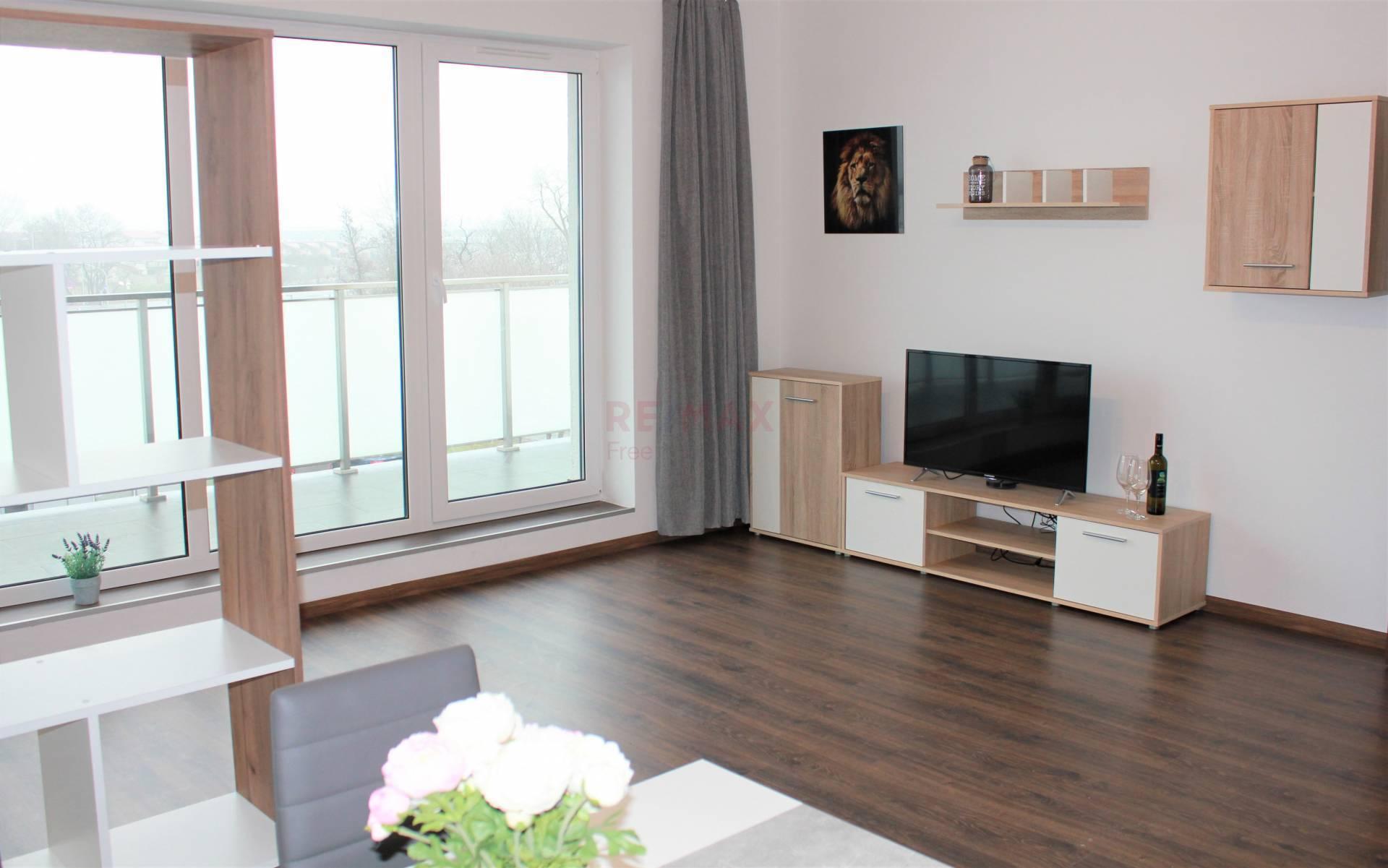 Prenájom bytu (3 izbový ) 73,59m2, Dunajská Lužná