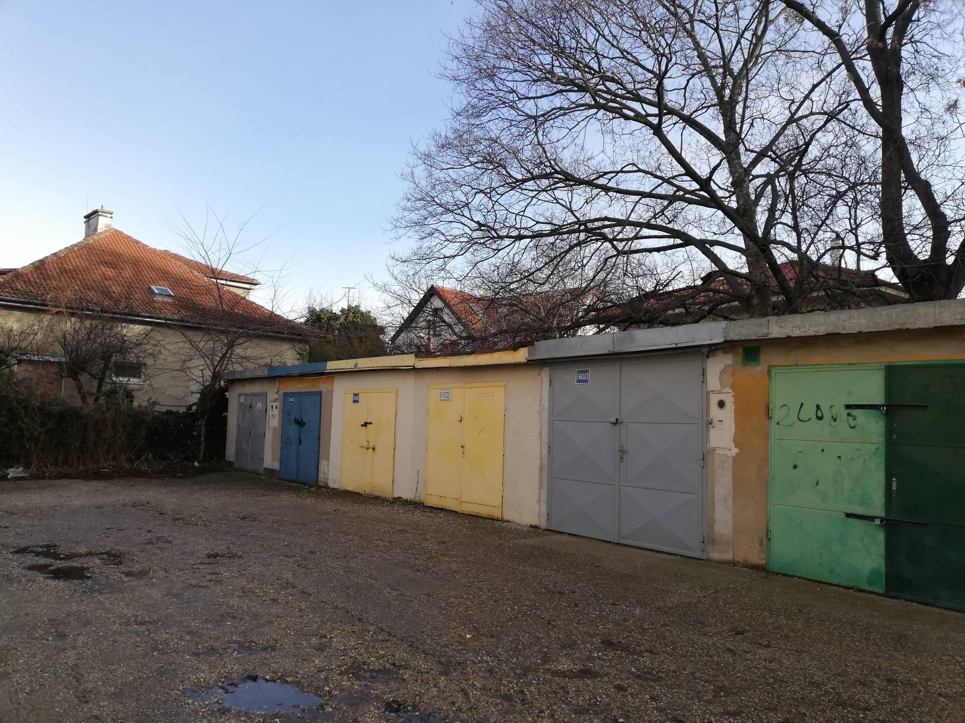 Na predaj garaz v časti Ružinov v meste Bratislava