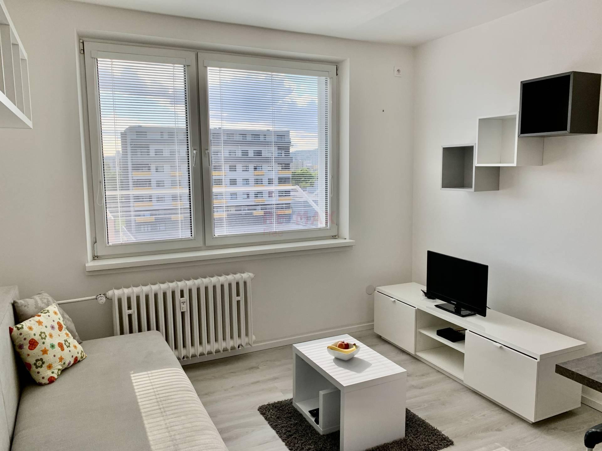 Na prenájom zariadený 1izbový byt vBratislave, časť Ružinov