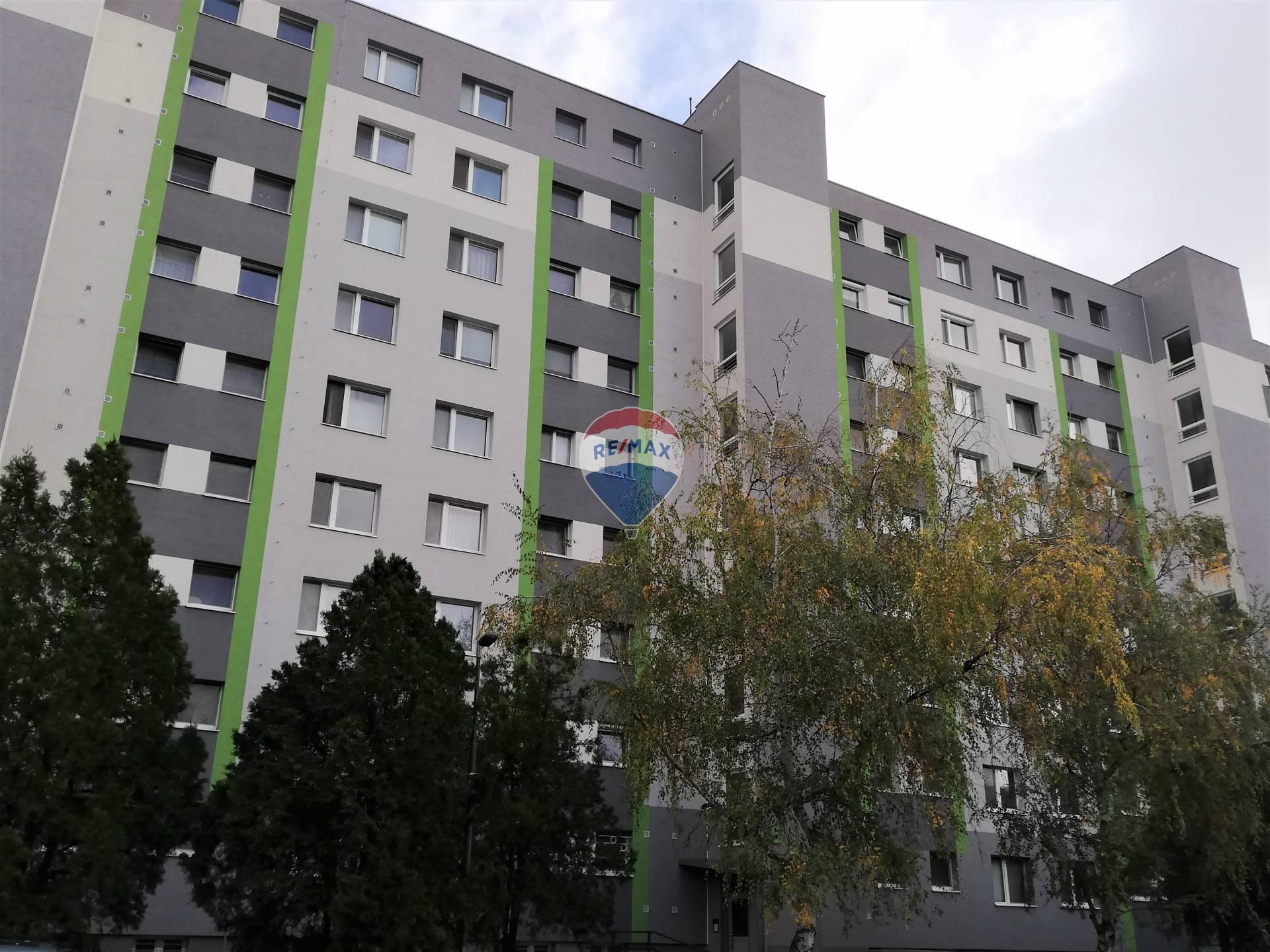 Na predaj 1-izbový byt (32m2)v meste Šamorín