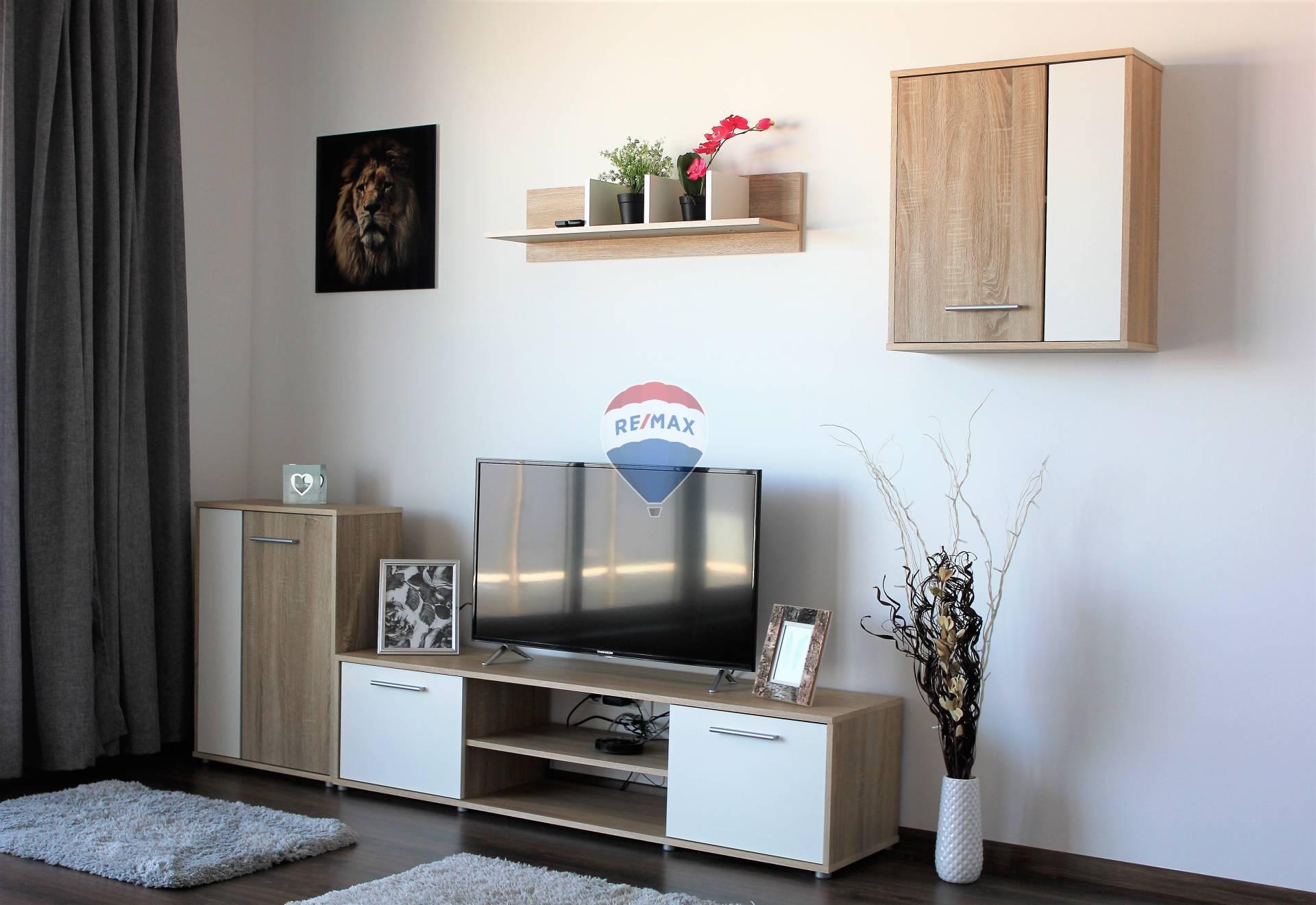 Prenájom bytu (3 izbový ) 73,59 m2, Dunajská Lužná (Orechová ulica)