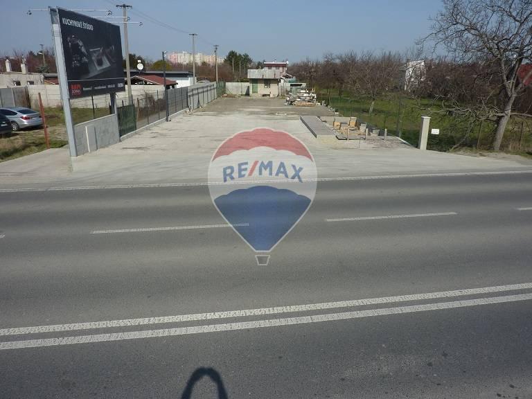 Pozemok 800m2, Ulica Svornosti, Bratislava