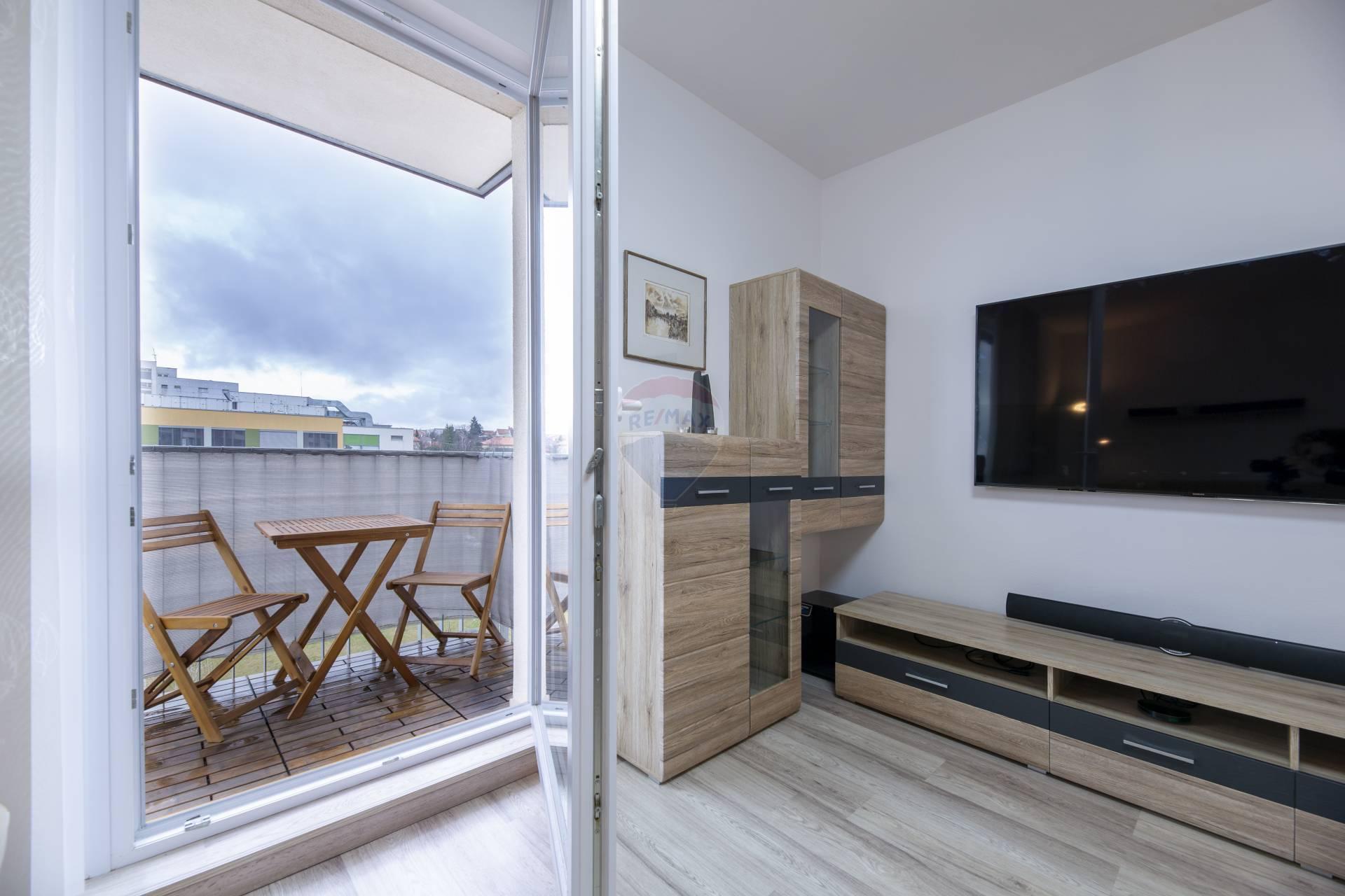 Prenájom 3i bytu v centre Nitry 800€ vrátane réžie