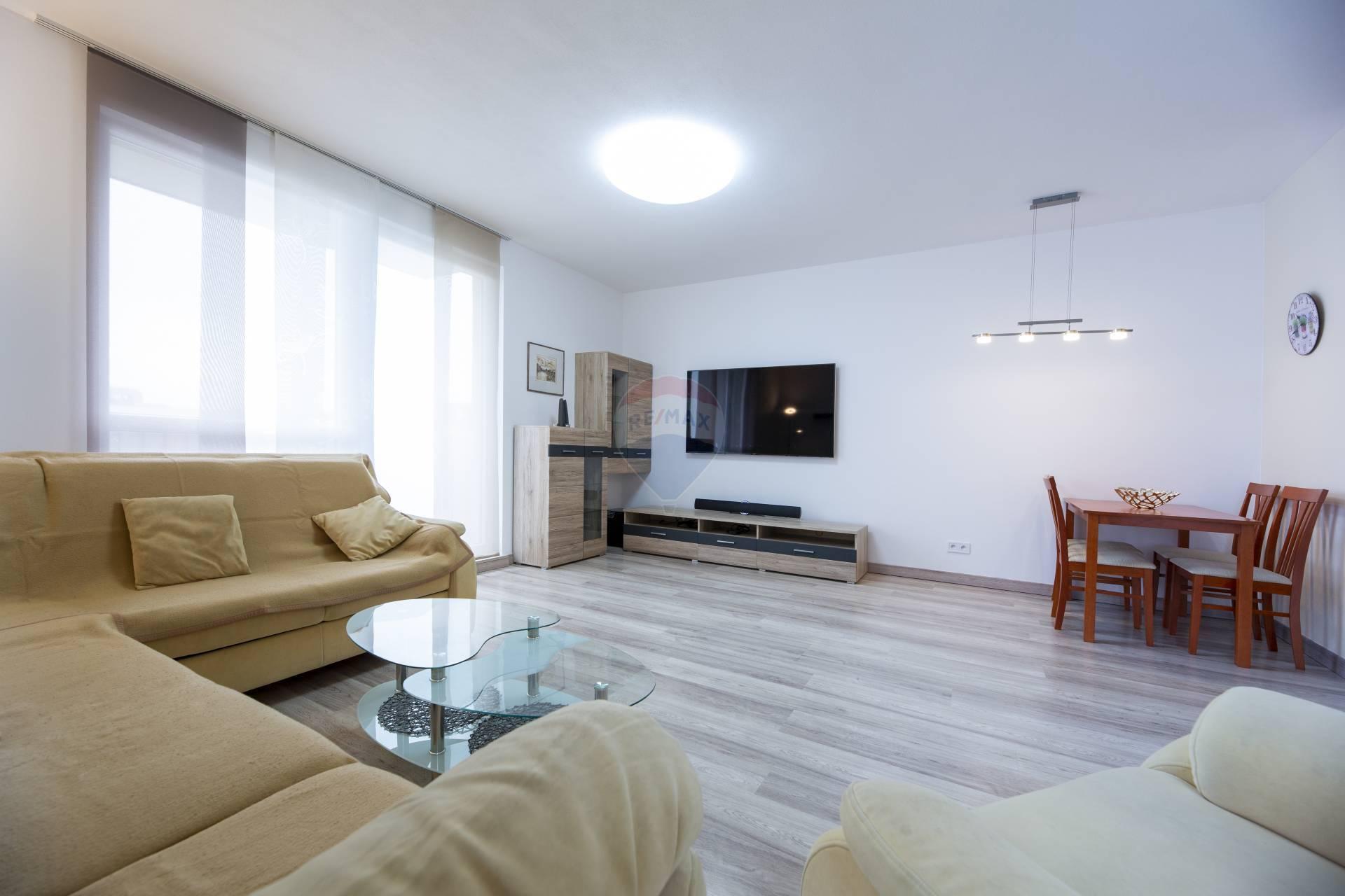 Prenájom bytu (3 izbový) 70 m2, Nitra - Prenájom 3i bytu Nitra