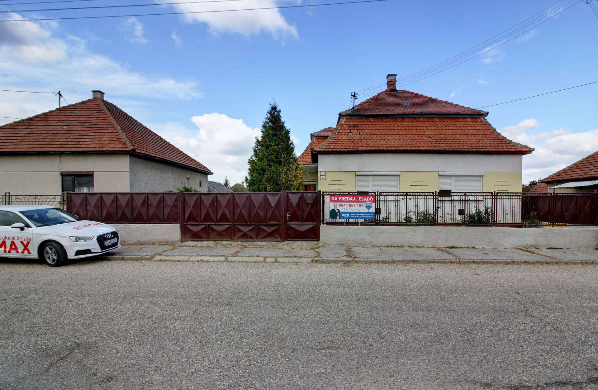 Na predaj 2- izbový rodinný dom na 8 á pozemku v Zemianskej Olči