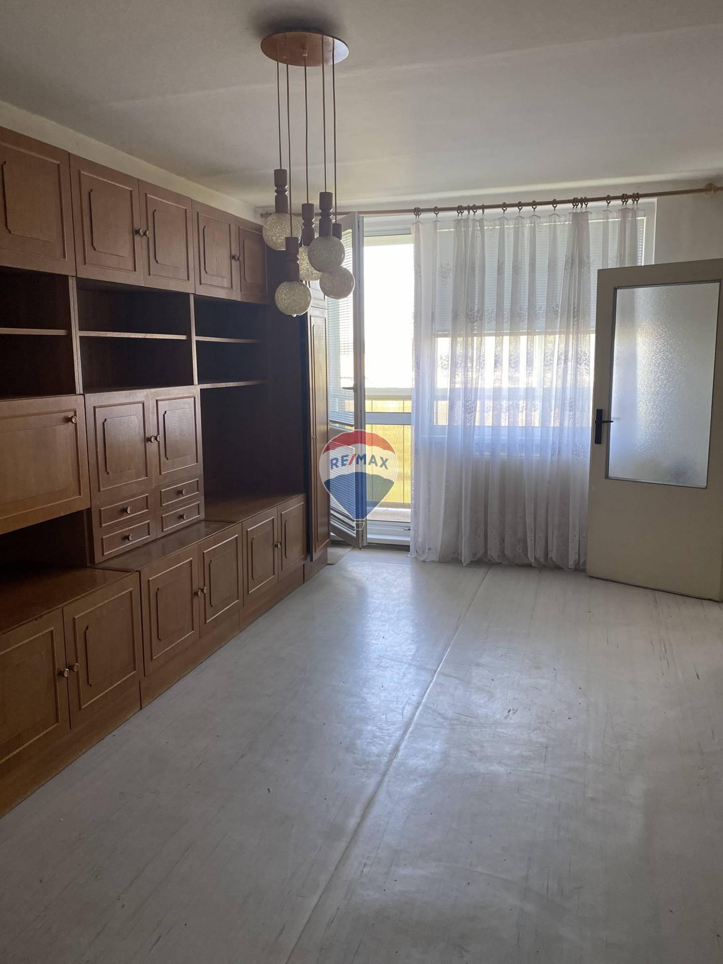 Na predaj 1 - izb. byt na Turgenevovej ulici - Juh- Železníky