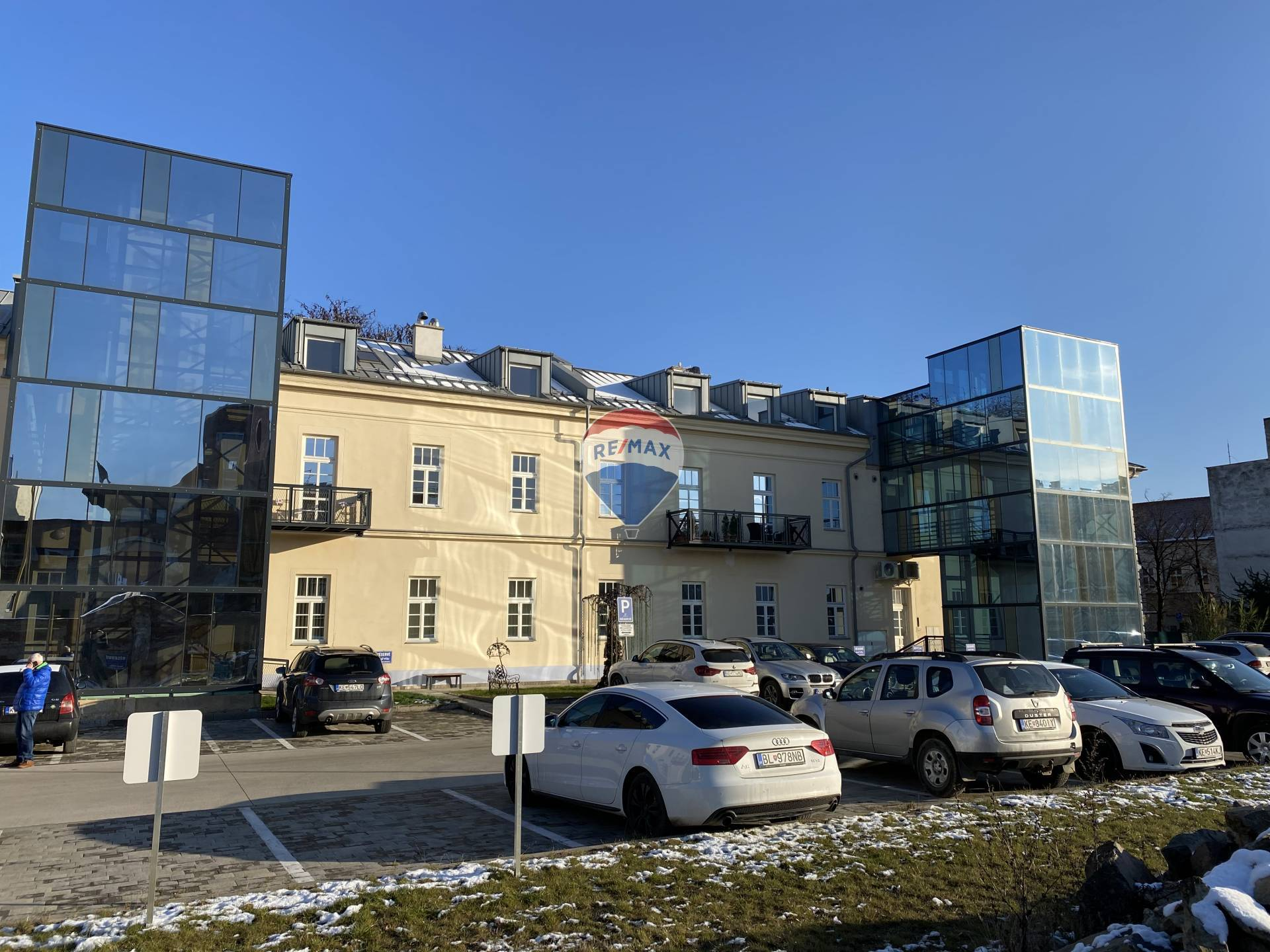 Predaj bytu (3 izbový) 102 m2, Košice - Staré Mesto -